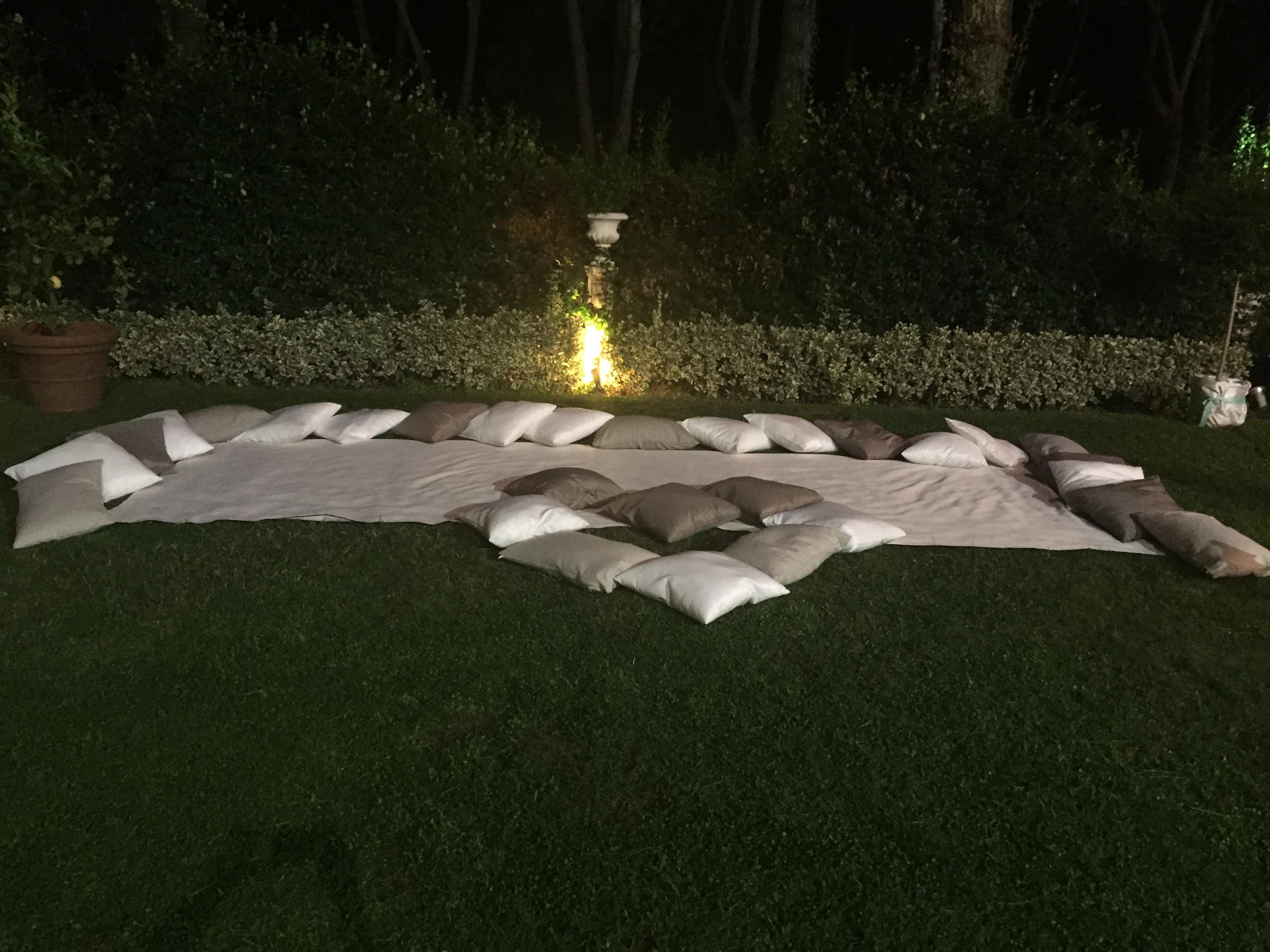 Cuscini e Lanterne Villa Majestic